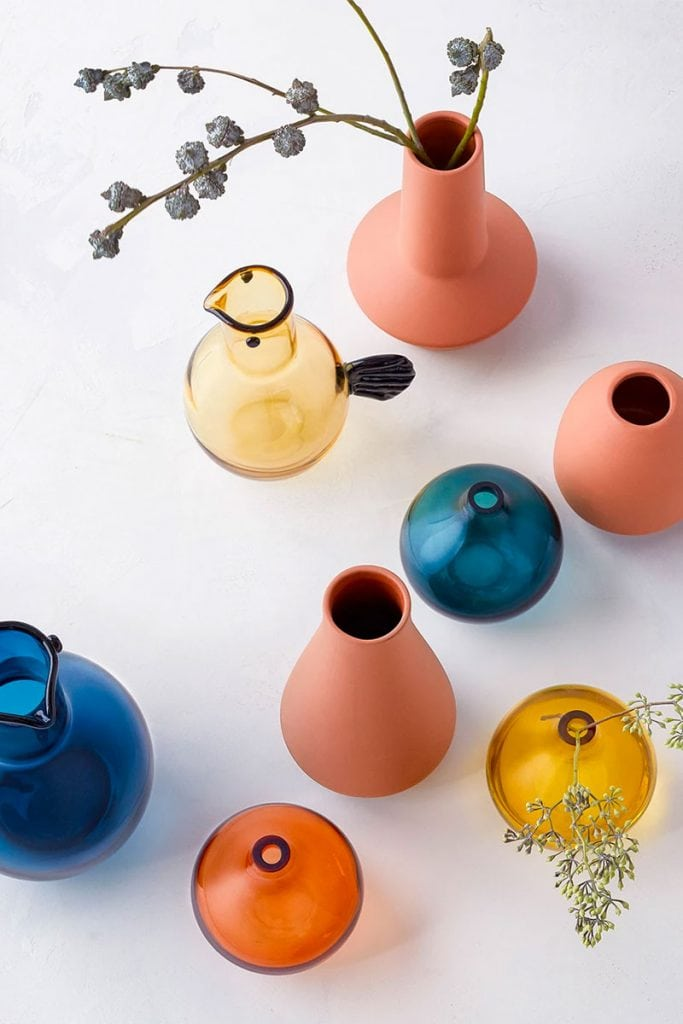 Colorful spring home decor from Target on Thou Swell #springdecor #homedecor #vases