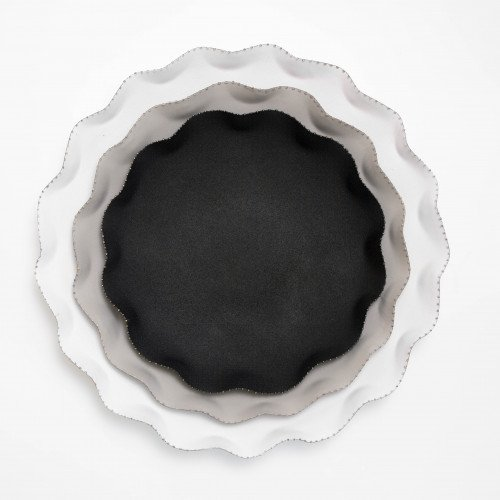 Scalloped black and white trays by Aidan Gray on Thou Swell @thouswellblog #homedecor #decor #trays