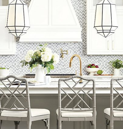 Grey and white kitchen design with glass pendants by Ballard Designs on Thou Swell @thouswellblog #kitchen #homedecor #decor