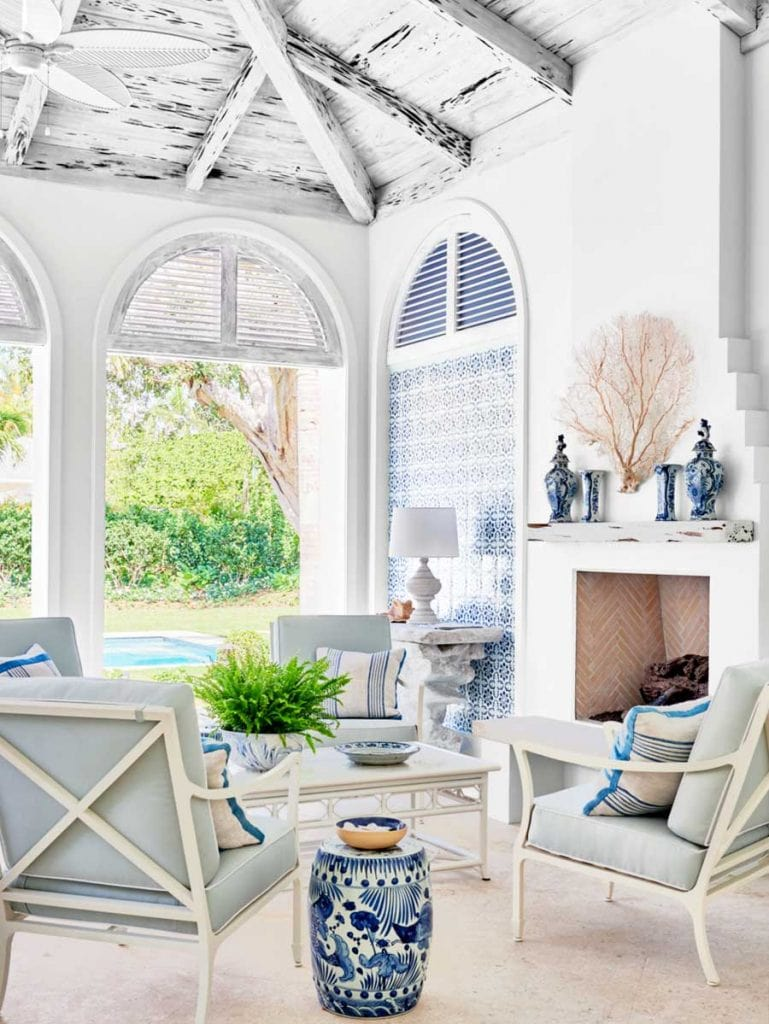 Coastal pool house design with distressed ceiling and blue and white decor in Palm Beach on Thou Swell #hometour #palmbeach #poolhouse #coastaldecor