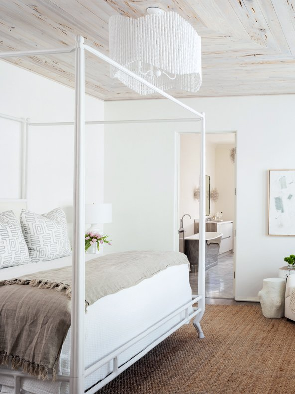 Alys Beach home tour minimal bedroom design on Thou Swell #alysbeach #beachtown #bedroom #bedroomdesign