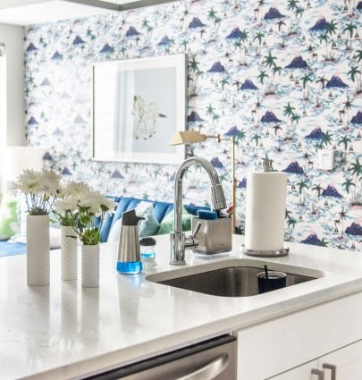 Spring cleaning in my apartment kitchen with OXO on Thou Swell #cleaning #kitchen #apartment #apartmentkitchen #modernapartment #oxo #oxobetter
