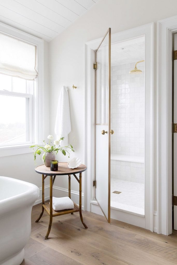 Classic white bathroom in Nantucket house by Katie Martinez on Thou Swell #bathroom #bathroomdesign #whitebathroom #classicbathroom