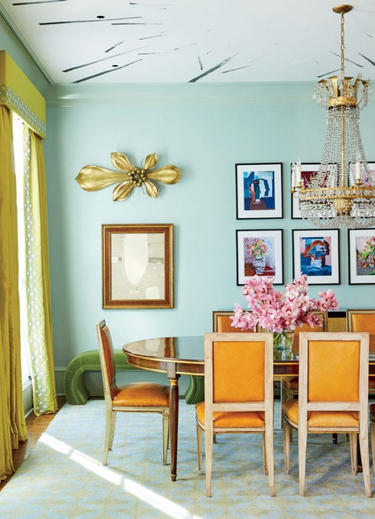 Fabulous colorful Southern dining room with gallery wall on Thou Swell #southern #southernhome #colorful #colorfulroom #colorfulinterior #diningroom #diningroomdesign #gallerywall