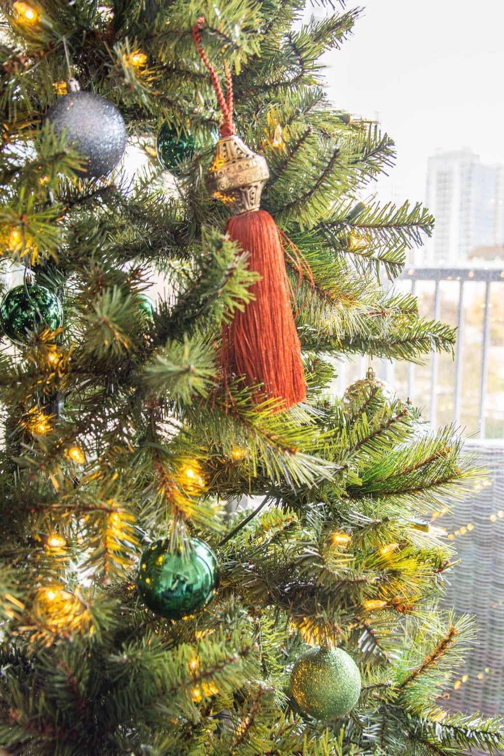 Meghan S Jewel Tone Christmas Tree In Midtown Atlanta Thou Swell