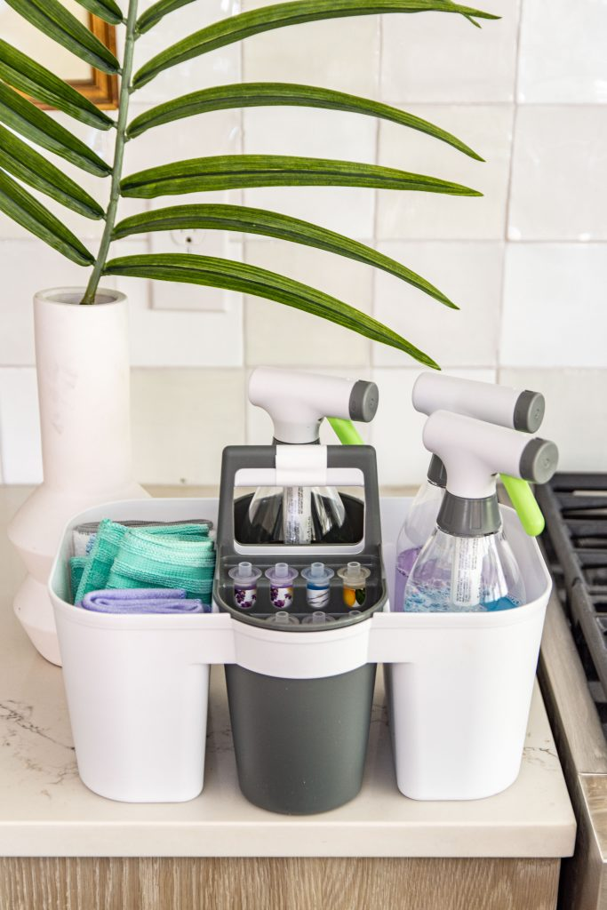 AD Non-toxic cleaning products with refillable spray bottles and reusable cleaning cloths for your kitchen, bathroom, and floors from Infuse at Target on Thou Swell: https://thouswell.com/eco-conscious-cleaning-with-the-infuse-refillable-cleaning-system