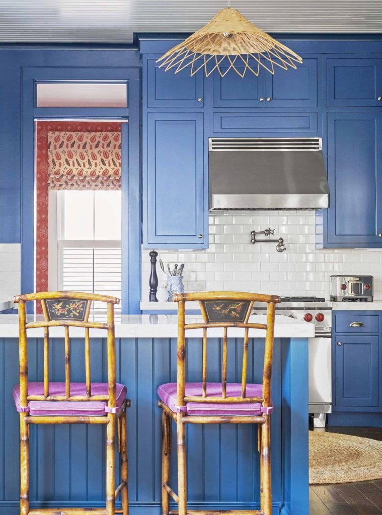 Blue kitchen in a tropical house in South Carolina full of wallpaper, Southern home tour on Thou Swell #tropicalhouse #tropicalwallpaper #wallpaper #southernhouse #homedecor #homedesign #housetour #interiordesign
