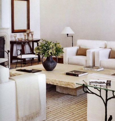 Living room by Atelier AM, neutral home decor inspiration on Thou Swell #livingroom #homedecor #homedecorinspiration #decor #decorating #interiordesign