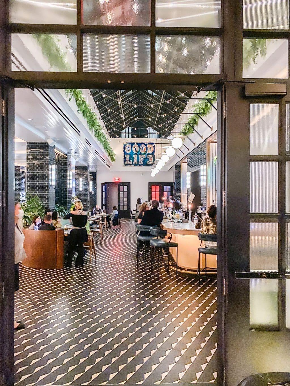 Stateside Kitchen in Dream Hotel Nashville, modern restaurant, Nashville guide, city guide, travel guide on Thou Swell #nashville #nashvilleguide #cityguide #travelguide #travel