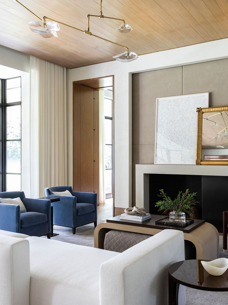Houston home tour full of warm textures by Marie Flanigan, modern Houston house, living room design on Thou Swell #livingroom #livingroomideas #homedecor #homedesign #homedecorideas
