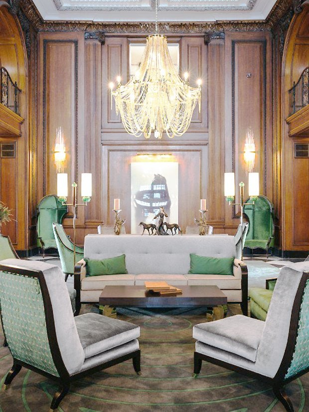 Read House Hotel glamorous lobby design in Chattanooga city guide weekend tour on Thou Swell #chattanooga #chattanoogaguide #cityguide #travelguide #travel width=