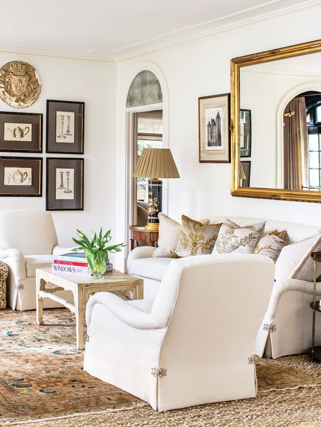 French-inspired interiors in a Mediterranean house in Buckhead, Atlanta by Norman Askins on Thou Swell #hometour #housetour #frenchstyle #interiordesign #buckhead #atlantahome